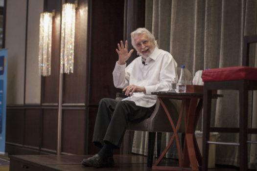 """Neale Donald Walsch autor knjiga """"Razgovori sa Bogom"""" održao je sjajan celodnevni seminar i oduševio prisutne"""